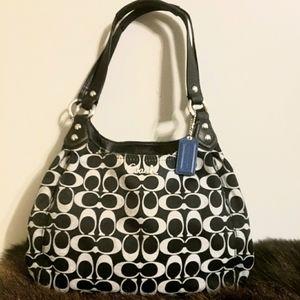 COACH CLASSIC SIGNATURE SHOULDER BAG BLACK/GREY